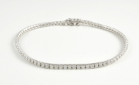 18ct White Gold Diamond Line Bracelet
