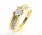 14ct Gold Diamond Single Stone Ring with Diamond Shoulders