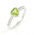 9ct White Gold Peridot and Diamond Heart Ring