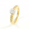 18ct Gold Diamond Single Stone with Diamond Shoulders